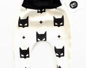 Bat Mask Harem Leggings Organic Cotton Unisex Monochrome Superhero