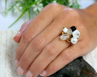 Gift For Women, Floral Swarovski Black and White Gold Ring, Gold Floral Ring, Gold Crystals Ring, Gold Cocktail Ring