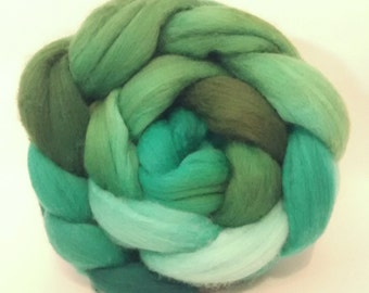 Poolside Moss Merino combed tops for spinning