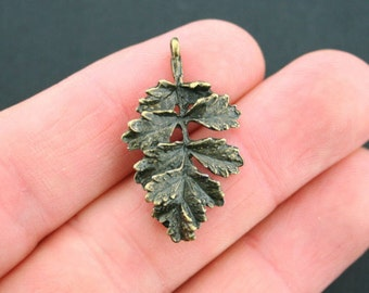 6 Oak Leaf Charms Antique Bronze Tone 2 Sided with Great Detail - BC319