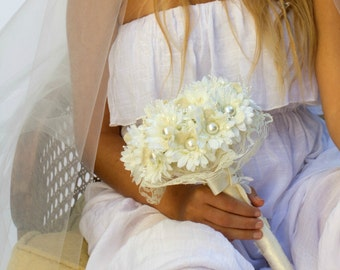 Bridal bouquet alternative bouquet silk flower bouquet ivory silk bouquet wedding pearl bouquet,fabric bouquet,bridal bouquet, daisy bouquet