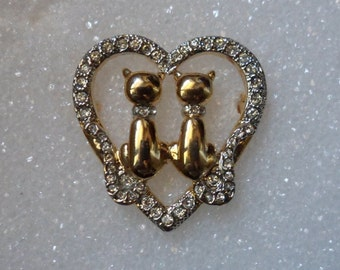 2 Cats Inside A Heart With Swarovski Crystals! The Cats Are Gold Plated With A Mirror Finish! Collars & Crystals Free Shipping! On Sale Now!