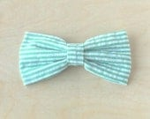 Clip on bow tie, for men, boys or toddlers - Green Seersucker