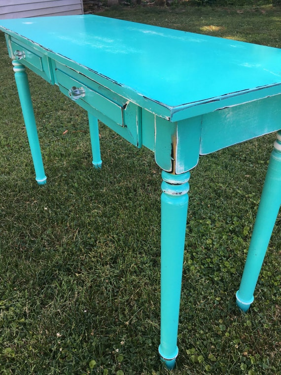 Turquoise entry