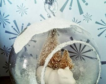 Hanging Glass Globe Cloche Polar Bear  Ornament..  White Polar Bear.  Christmas Tree.  Glass Ornament.  Christmas Decor