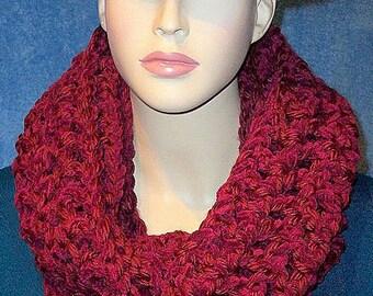 Burgundy Crochet Infinity Scarf, Red Crochet Infinity Scarf, Crochet, Plush Infinity Scarf, Chunky Infinity Scarf, Handmade Scarf,Red Scarf