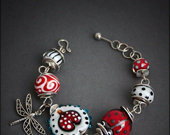 Lampwork glass beads wire bracelet - Lady Bug - Floral - Heart - Red heart - Ladybug - Dragonfly -OOAK