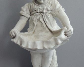 Vintage Little Girl Garden Statue / Little Girl Statue / Statue of Little Girl / Garden Statue / Child Garden Statue / White Girl Statue
