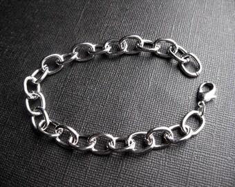 6 Charm Bracelets in Silver Tone – BR825-4