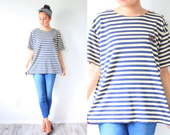 Vintage boxy striped navy blue and cream striped shirt // nautical top // boho striped blouse // Mod // oversized shirt // button shoulder