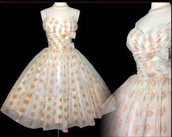Vintage 1950s Dress //  50s Dress // Lorrie Deb //New Look //Femme Fatale//Rockabilly