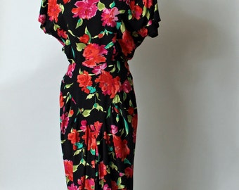 Vintage 1980s floral print day dress by April Rain - size small - shoulder pads - basque waist - every 80s style in one awesome dress