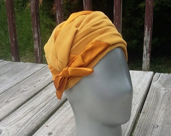 Vintage Ladies Bee Hive Hat
