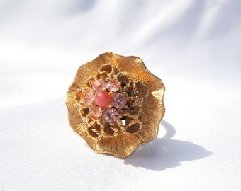 Gold Flower Ring, Gold Button Ring, Vintage Gold Ring, Flower Button Ring, Button Jewelry, Rhinestone Ring, Pink Rhinestone, Floral Ring