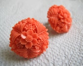 Faux Coral carved floral bouquet earrings / Screwback vintage resin earrings