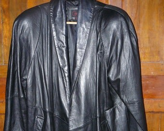 Vintage Big Shoulders Dynasty Styling 1980's Women's Leather Coat Maker Cayenne Size Medium-Large