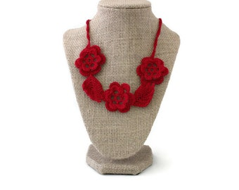ON SALE - Crochet Necklace - Crochet Jewelry - Red Necklace - Vegan Necklace - Crochet Collar - Statement Necklace - Necklace