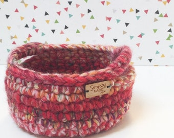 Crochet Basket / Crochet Bowl / Storage Basket with Handles / Home Decor / Catch All Basket / Dorm Decor / Spring Decor