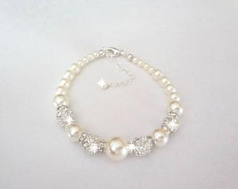 Pearl bracelet - Swarovski pearls and crystal - Brides bracelet - Elegant ~ Wedding bracelet - Bridesmaid, Gift ~ FROSTED