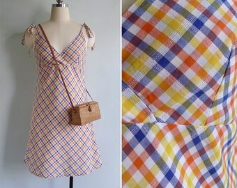 10 to 25% OFF (See Shop) Vintage 90's 'Picnic In The Sun' Preppy Gingham Plaid Sun Dress S or M