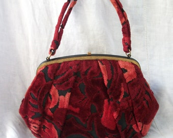 Carpet Bag ~ Burgundy Roses Floral Fabric Purse ~ Lewis ~ GYPSY Style / Bohemian Chic ~ Velvet/Chenille Texture  ~ Beautiful Vintage design