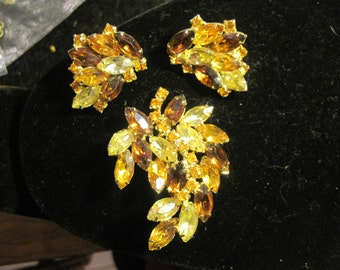 Vintage Beautiful Brown and Yellow and Gold Rhinestone Demi Parure Set