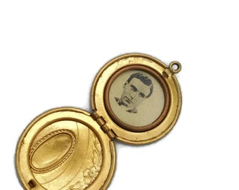 Antique Locket with Picture Locket Pendant Gold Locket Vintage Lockets Photo Locket