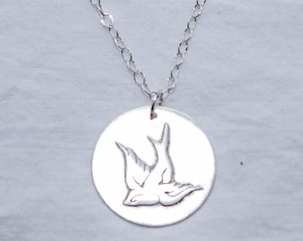 Diving Swallow in Sterling Silver! Swooping Bird - Soaring Bird, Flying Bird - Gift for Nature Lovers, Bird Lovers, Girlfriends, Fiancee!