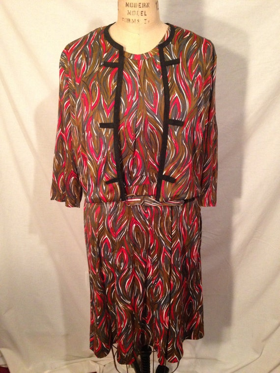 Vintage 3 Piece Multi Colored Swirl Dress Jacket and Belt Sale d31