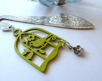 Bookmark, Ornate Silver Bookmark with Birdcage Pendant, Wooden Lime Green Bird and Cage, Gift for Teacher, Birdcage Bookmark