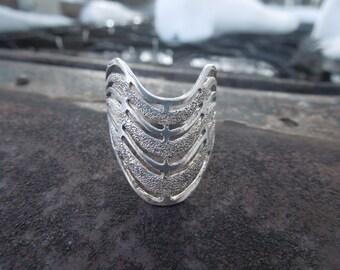 Sterling Silver Ring Band Modernist Modern Wave Design Size 8