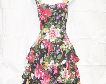 90s Black Floral Print Tiered Ruffle Dress Tie Back Dress Sweatheart Neckline Size 13/14