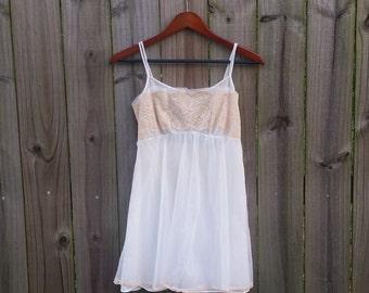 Vintage 60s White Off-White Floaty Chiffon Short Mini Sexy Tent Trapeze Lingerie Nightgown Nightie