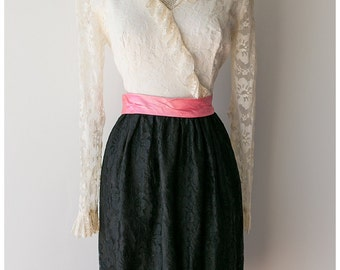 1970's Lace Dress - Pink Black and Cream Long Sleeved Dress - Girly Vintage Dress - Size Medium