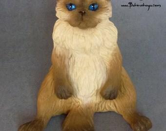 Persian cat sculpture – Chocolate point