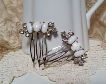 VINTAGE MILK Glass Bridal Hair Combs Set of Two Bride Dainty Hair Accessories Heirloom Couture White Rhinestones Wedding Simple Elegance