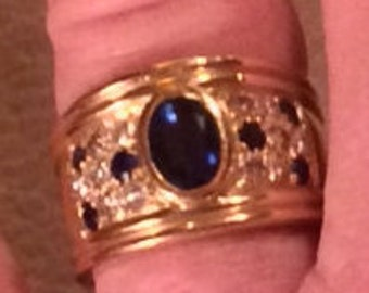 Sale - Substantial 18k Yellow Gold Sapphire & Diamond Ring