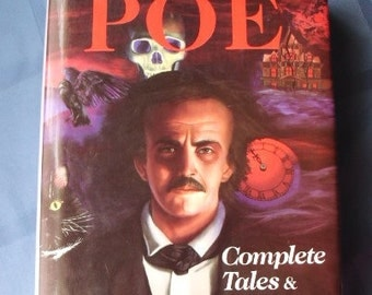 Vintage edition of Complete Tales & Poems of Edgar Allan Poe, 1992, printed in the US, classic literature, the raven, tell tale heart