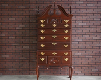 Highboy / Tall Chest of Drawers / Chest on Chest / Queen Anne Highboy Dresser