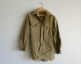 Vintage US Marines Women's L Wool Shirt