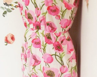 Dress, Flowered Dress, Vintage Sleeveless 1960's, Casual Dress, Size Small, Pink Flowers