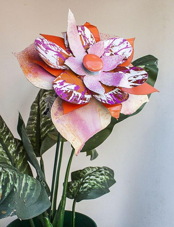 indoor outdoor metal wall art metal yard art flower garden. Black Bedroom Furniture Sets. Home Design Ideas