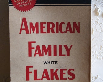 Vintage 1940s Or 1950s KIRKS AMERICAN FAMILY White Flakes Soap Box By Proctor & Gamble