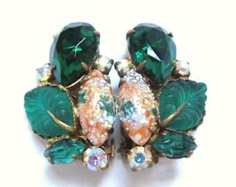 DECO Vintage 1940s Green Leaf Floral Cluster Sugar Bead Rhinestone Art Glass Clip Back Earrings Western Germany Nouveau Downton Abbey Style