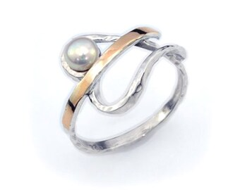 Superb quality women's 9k gold 925 sterling silver ring white freshwater pearl heart, silver pearl ring, white pearl ring, heart silver ring