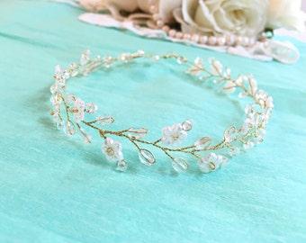 Gold wedding crown, wedding headpiece gold, bridal headpiece, bridal crown, wedding headpiece, floral bridal headpiece, bridal tiara crown