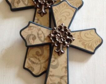 2 blue crosses