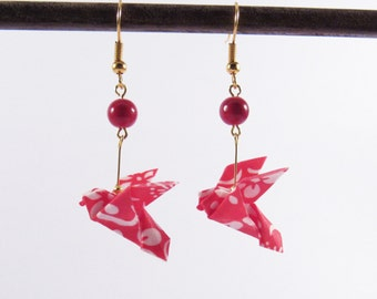 Origami birds earrings * MOYO * Jewelry . Dove . Paperbird . Paper . Washi . Red .  Flowers . Animal . Japan . Fold