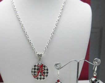Houndstooth Circle with Crimson Red Script Neckace  necklace and houndstooth  earrings
