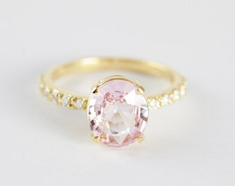 Peach Sapphire Ring, Peach Sapphire Engagement Ring, Peach Pink Sapphire Ring, Oval Cut Engagement Ring, 18k Yellow Gold